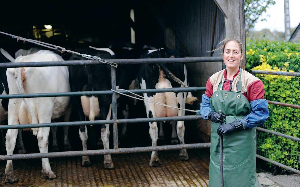Pour Nadia, les gants de traite font partie intégrante de sa stratégie d'hygiène et d'amélioration de la qualité du lait.