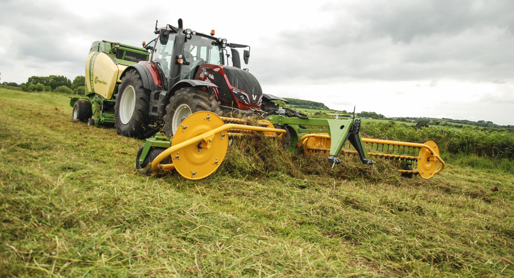 demonstration-machines-agricole-krone-veltra