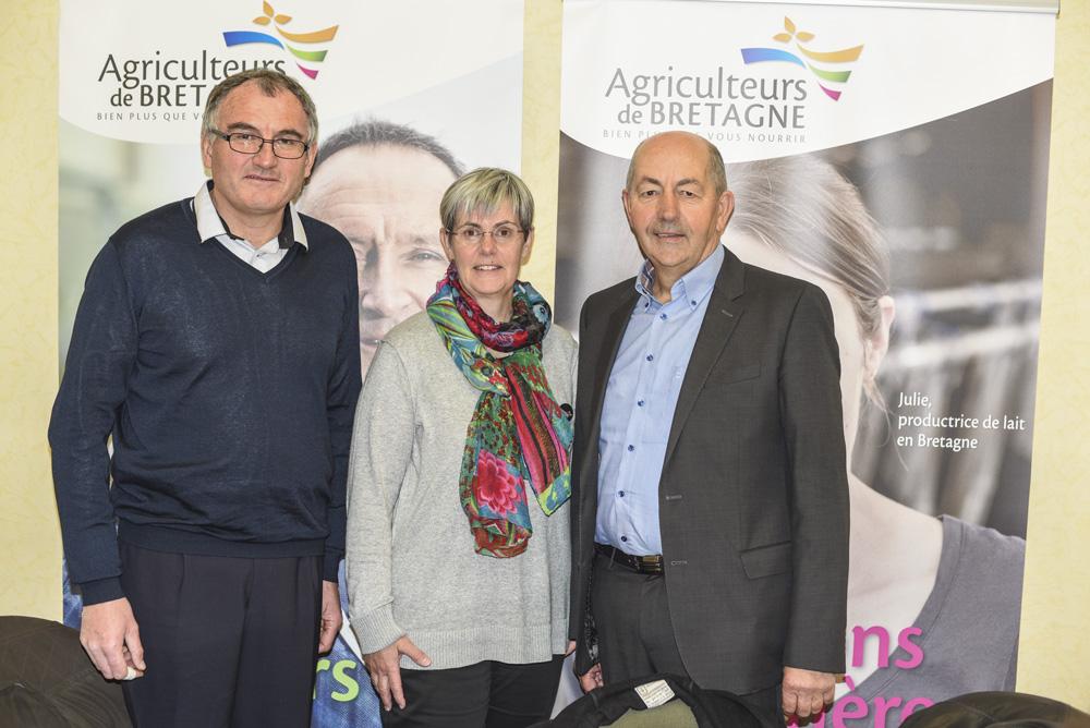 Georges Guézénoc, administrateur, Danielle Even, présidente et Patrick Fairier, administrateur de Agriculteurs de Bretagne