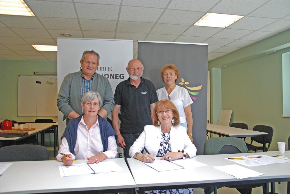 Photo of Agriculteurs de Bretagne signe la charte Ya d'ar brezhoneg