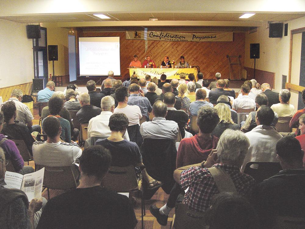assemblee-generale-confederation-paysanne-apres-quotas-lait