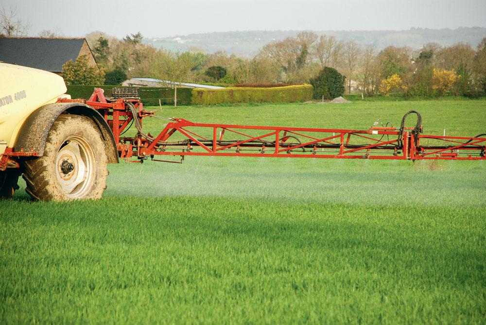 Photo of Pas d'improvisation sur la sortie des pesticides