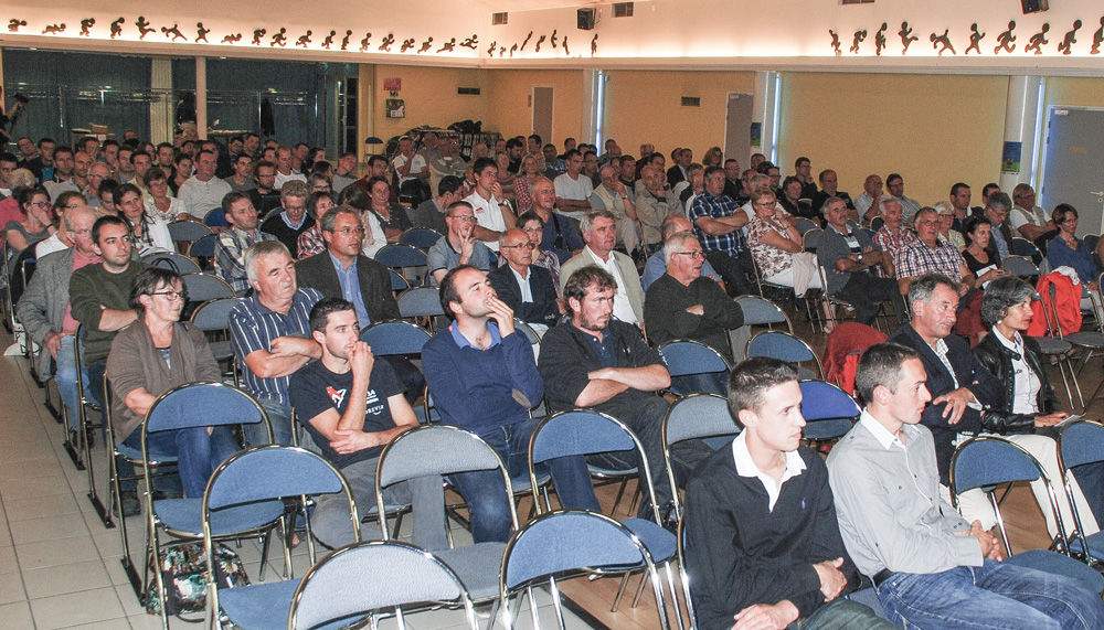 soiree-debat-jeune-agriculteur-agri-distrib-projet-circuit-alternatif