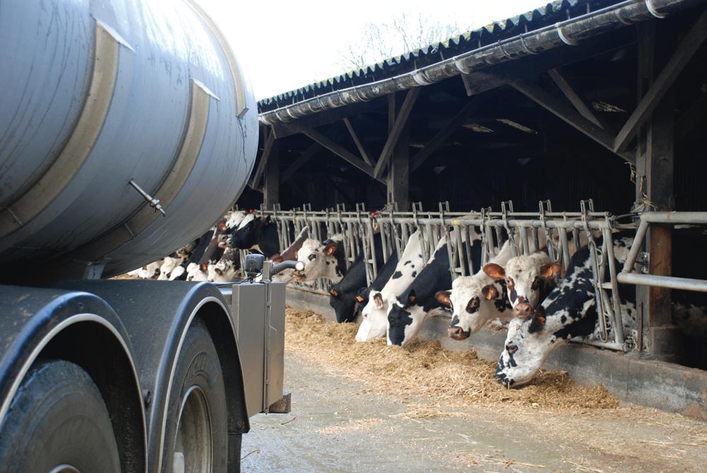 crise-lait-regulation-laitiere-udsea-confederation-paysanne