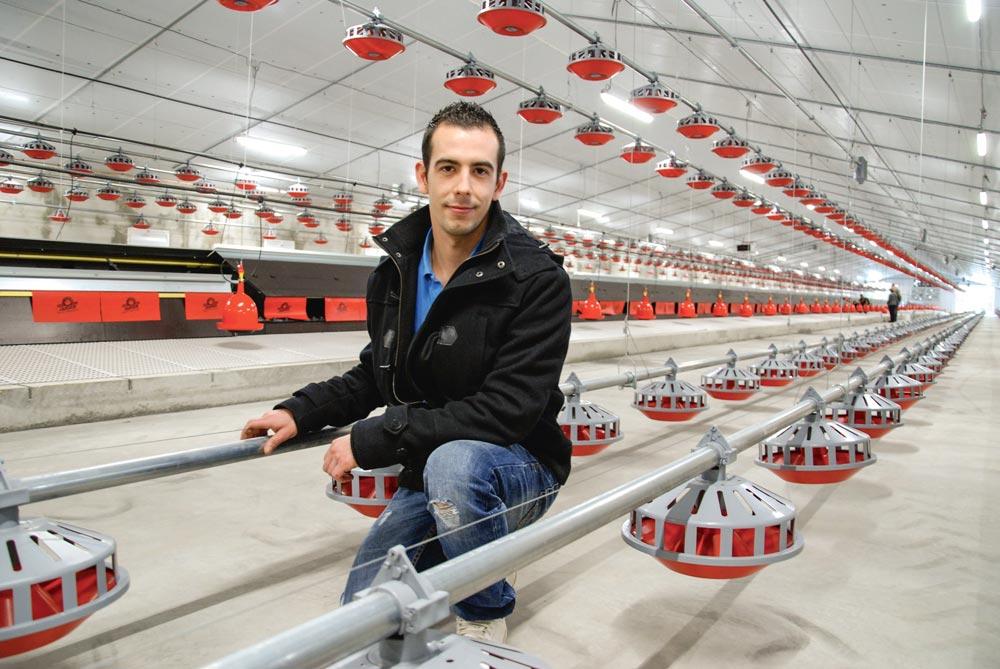 Photo of 3 000 m2 de poulailler en autoconstruction