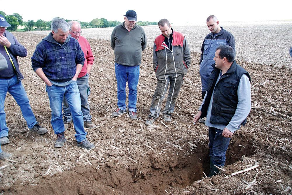 Les outils dents en d monstration journal paysan breton for Chambre agriculture 06