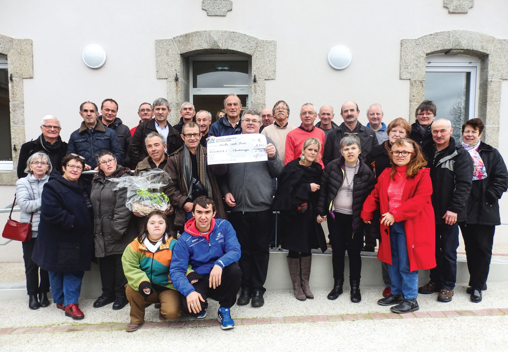 Photo of Tro Saint-Ergat 2015 : 1 100 € pour les handicapés