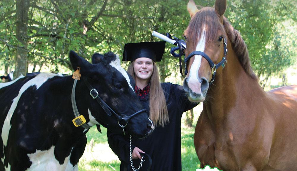 Photo of Kernilien fête ses diplômés à l'américaine