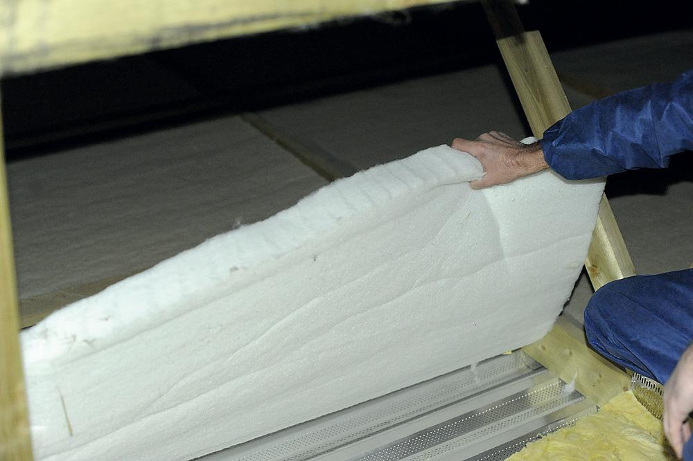isolation-regul-r-batiment-elevage-porc-alternative-laine-verre-non-irritant