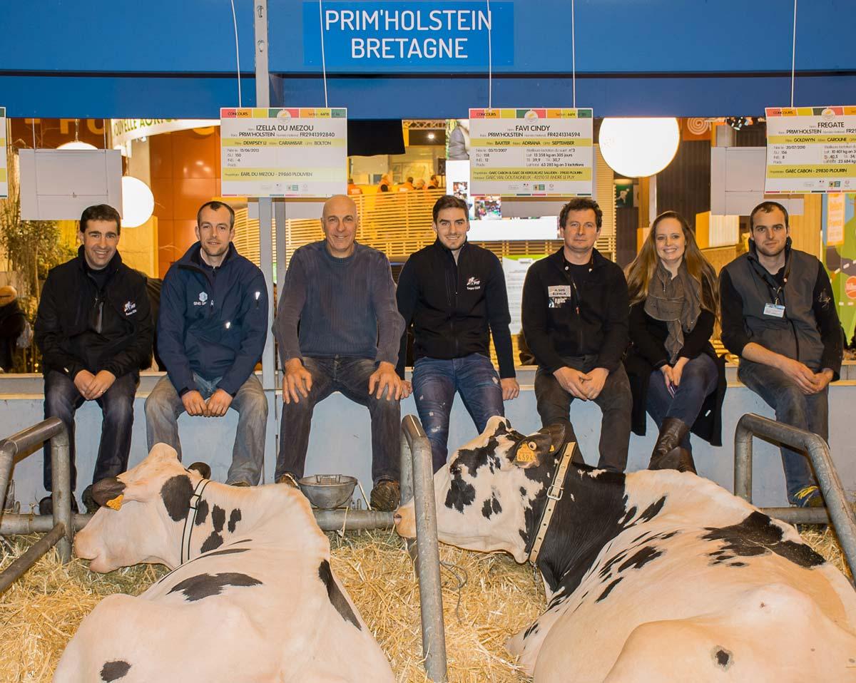 Photo of Agri Deiz : 200 vaches en lait sur le ring du Régional