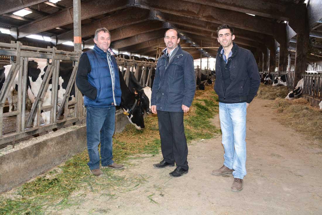 De gauche à droite : Jean-Pierre Demy, Philippe Etienne (président de Coopédom), et Nicolas Demy.