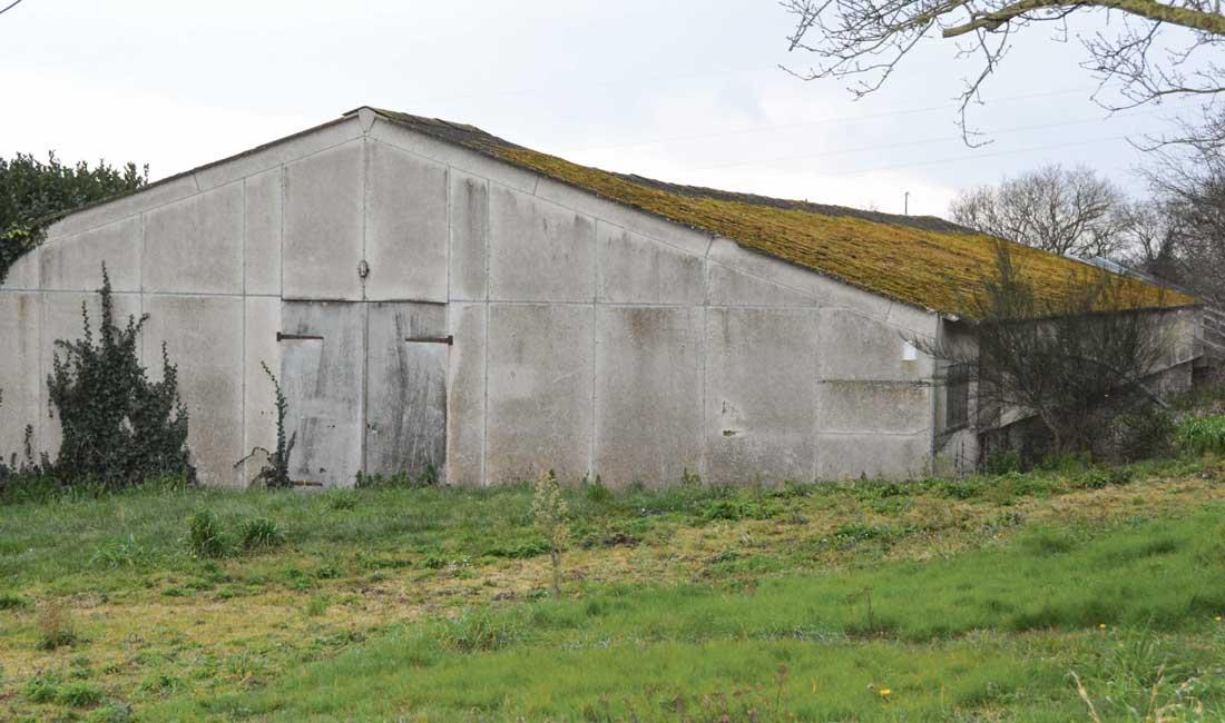 l 39 amiante un ami qui hante les toitures journal paysan breton. Black Bedroom Furniture Sets. Home Design Ideas