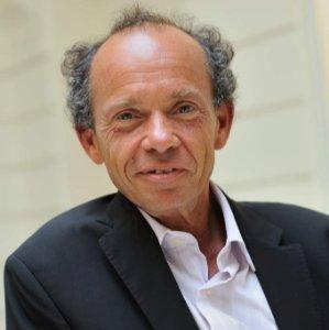 François Attali, directeur marketing stratégique
