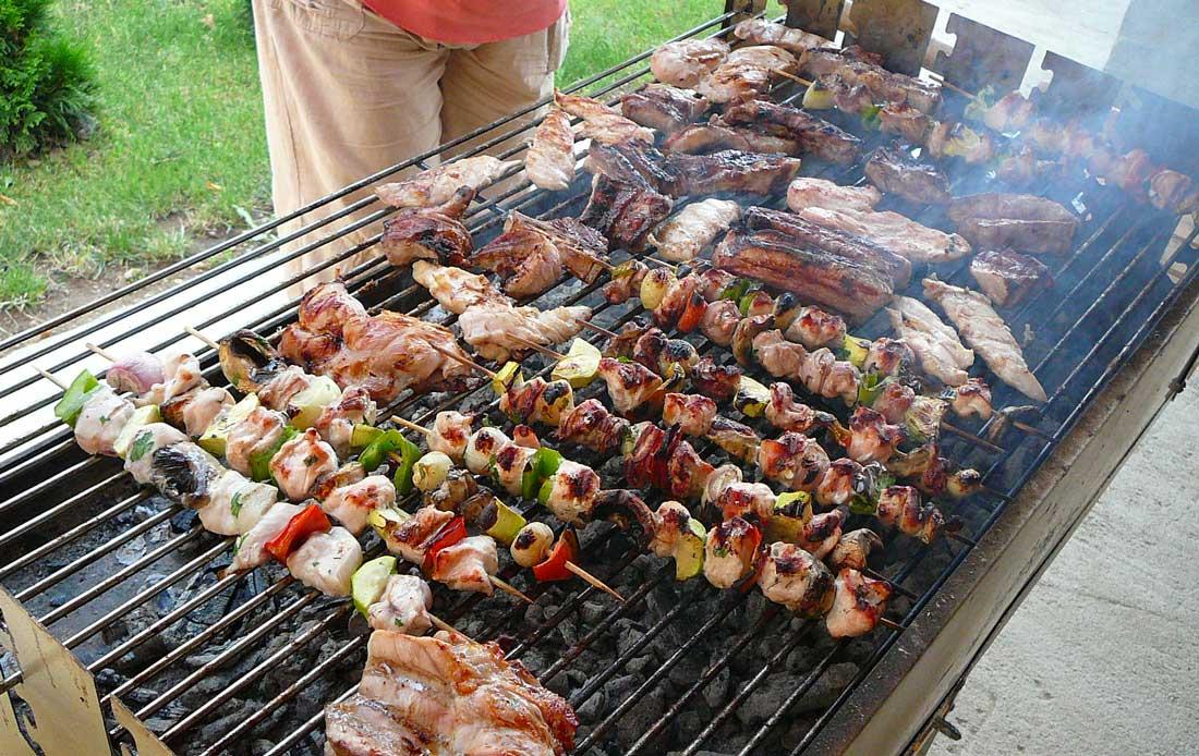 barbecue-viande-porc-boeuf