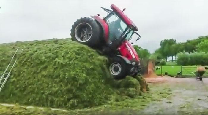 tracteur-ensilage-herbe