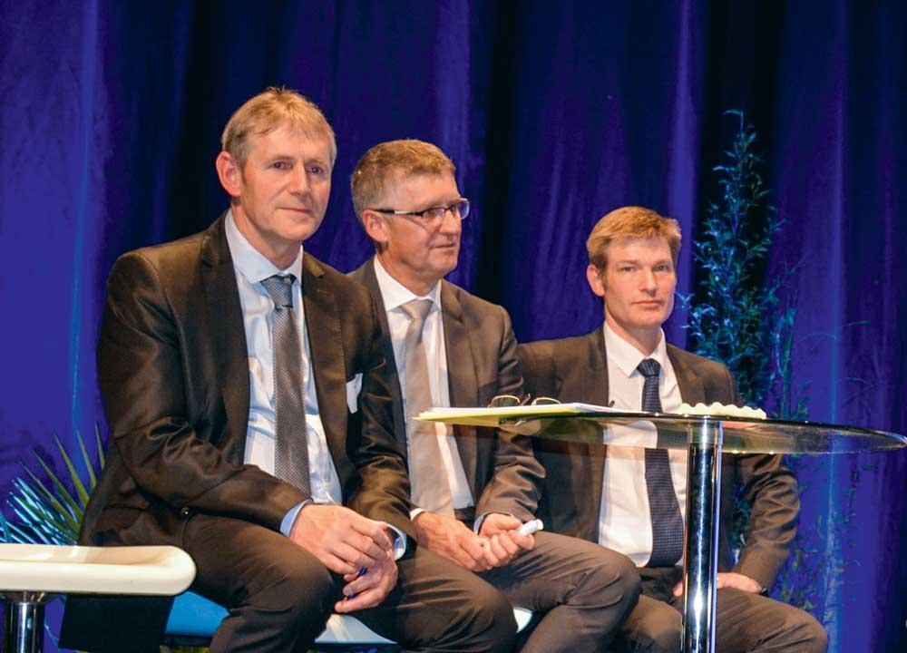 De gauche à droite : Pierrick Cotto (président d'Eilyps), Hubert Deléon (directeur d'Eilyps), et Daniel Trocmé (Adventiel).