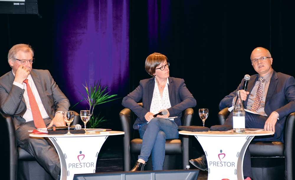 Guillaume Roué, président de Prestor, Béatrice Le Gall, PDG des établissements Rolland et Christophe Bonno, directeur d'Agromousquetaires (Intermarché), participaient à un débat sur la compétitivité des entreprises vendredi dernier à Carhaix.