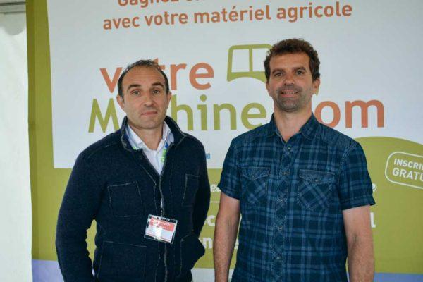 Jean-Michel Lamothe, concepter de votremachine.com et Sébastien Bellec, agriculteur à Peuton (53), référent pour ce nouveau concept dans le Grand Ouest.