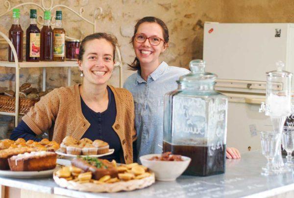Claire Poirrier et Maëla Palvadeau vont inaugurer  leur café-librairie en septembre