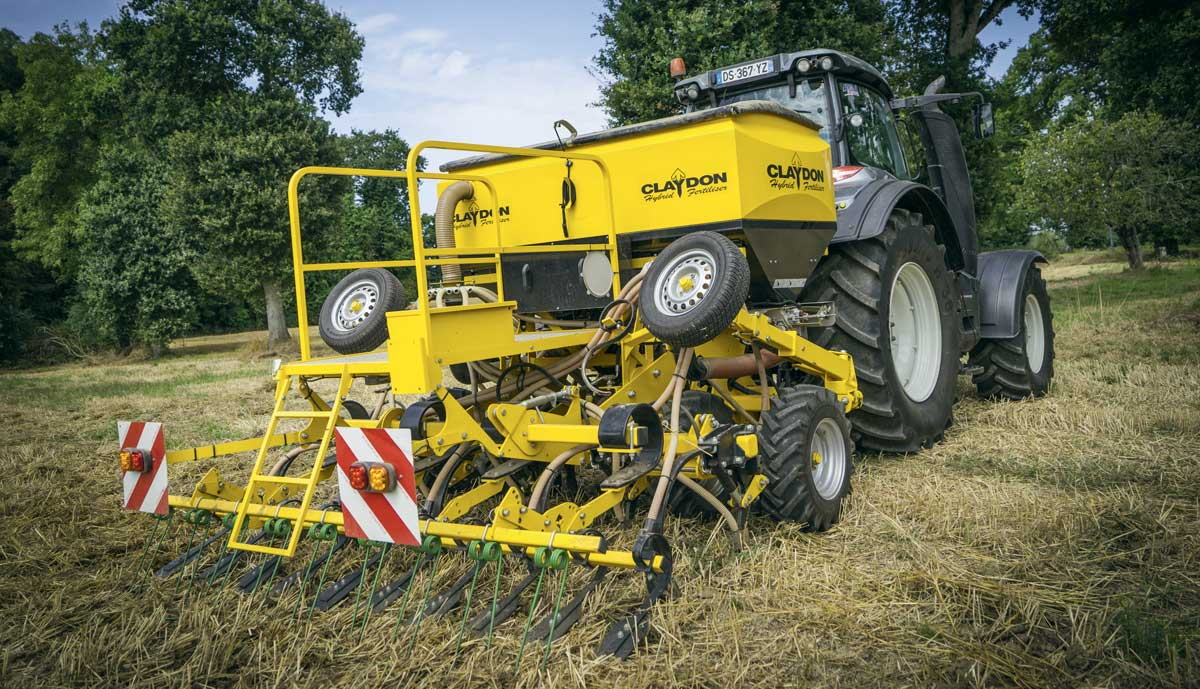 Photo of Claydon Hybrid : fertiliser et semer en un passage