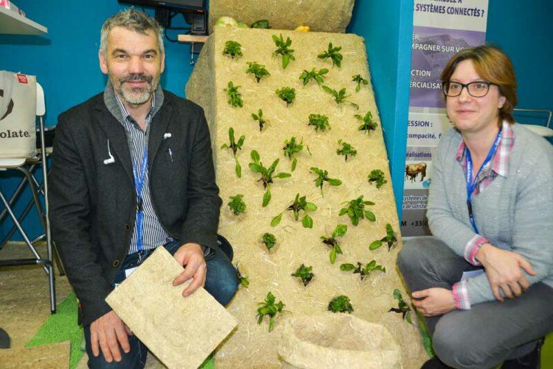 Frédéric Roure et Stéphanie Gauvenet ont présenté leur solution de paillage en chanvre français.