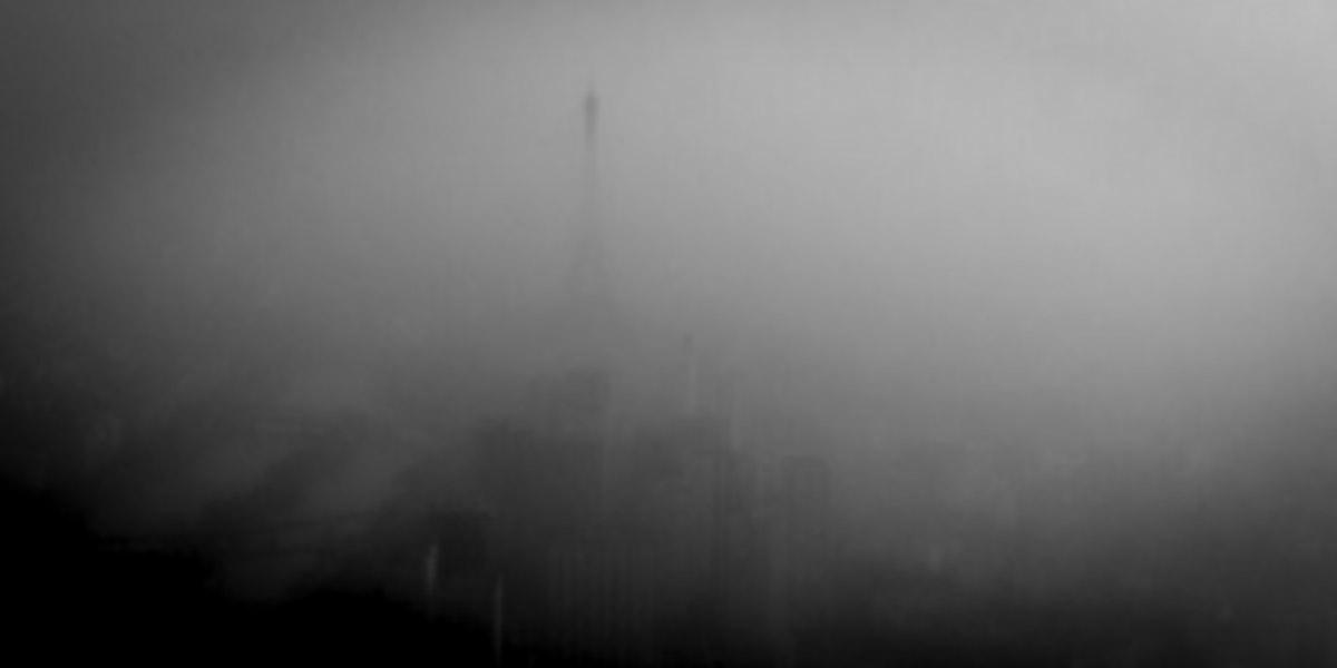pollution-paris-tour-eiffel