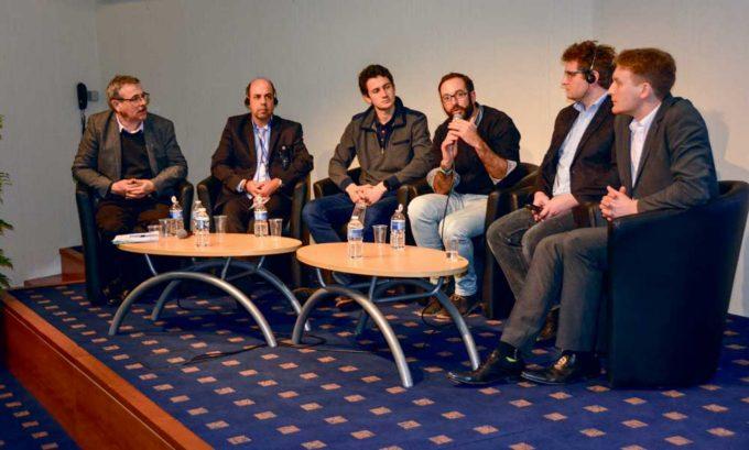 De gauche à droite : Michel Berducat, de l'Irstea, Avital Bechar, du Volcani Center, Maurice Gohlke, de chez Deepfield Robotic, Matthias Carrière, de Naïo Technologies, Claes Jæger, de l'entreprise danoise Agro Intelli et Sébastien Rubrecht, de Sitia, ont présenté les dernières avancées technologiques.