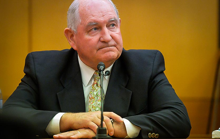 Photo of Sonny Perdue, secrétaire à l'Agriculture du gouvernement Trump