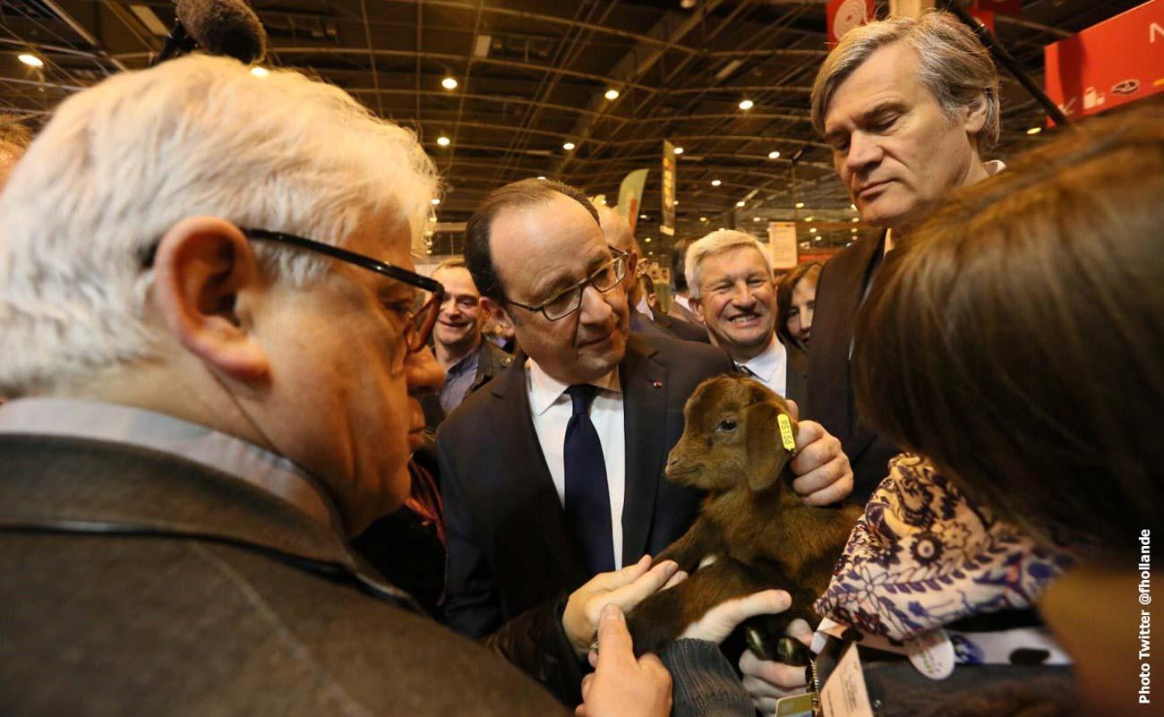 """Photo of Hollande au Salon de l'Agriculture : """"Un salon marqué par les crises"""""""