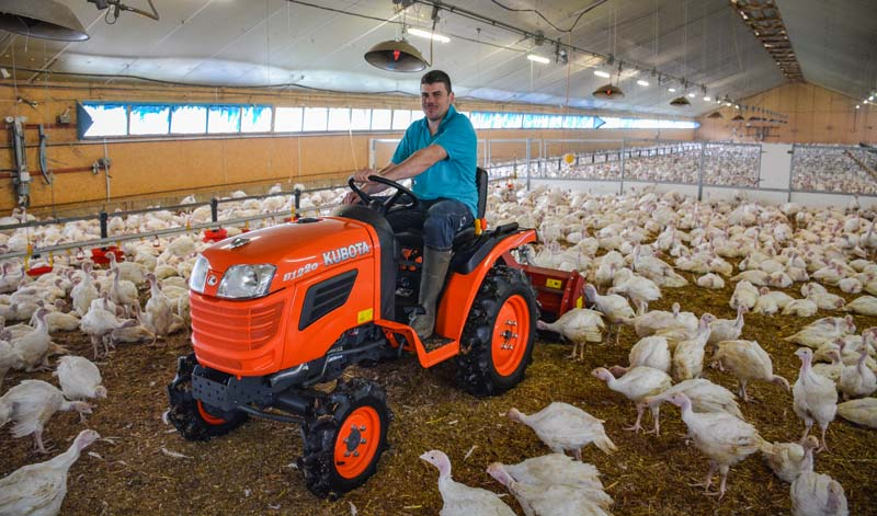 Sébastien Sévignon, aviculteur à Combrit (29)