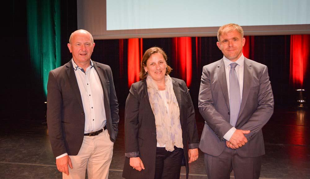 De gauche à droite: Roger Capitaine, directeur depuis 2011, aux côtés d'Hélène Guildo-Halphen, nouvelle directrice et de Pierre-Yves Jestin, président de Savéol.