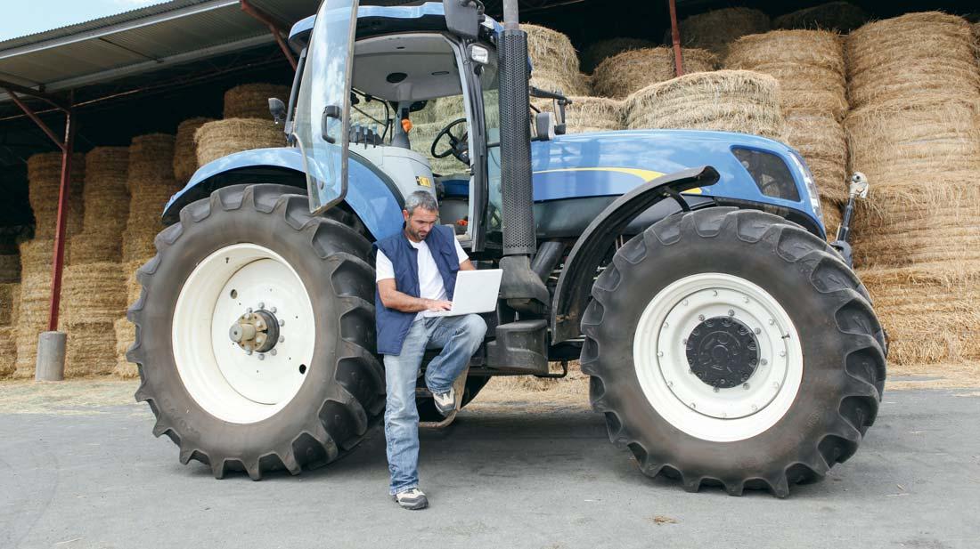 agri-pose-tracteur-ordi