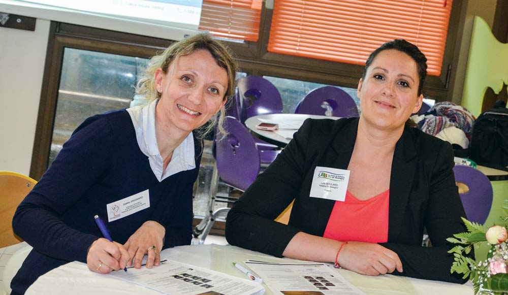 Gaëlle Grignard, adjointe à l'éducation à Saint-Sulpice-La-Forêt (à gauche), et Julie Boulard, directrice d'IBB (Initiative Bio Bretagne).