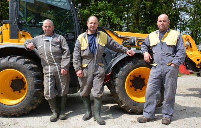 Philippe, Éric et Fabrice Botlan, associés du Gaec des Vents, à Malguénac (56)
