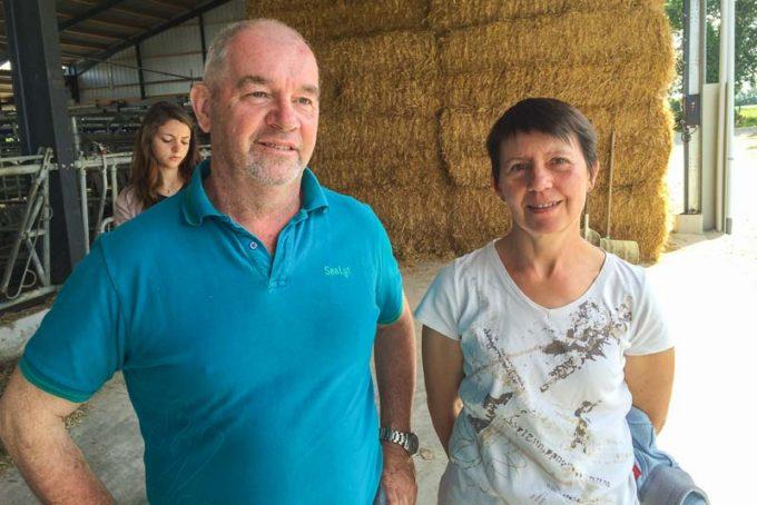 Christophe et Armelle Cadio, éleveurs à Bréhan.