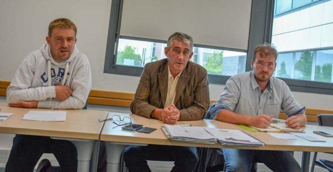 Cédric Henry, secrétaire général FDSEA 35 ; Loïc Guines, président FDSEA 35 ; Florian Salmon, président JA 35
