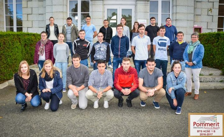 La classe des BTS 1 B du Lycée Pommerit.