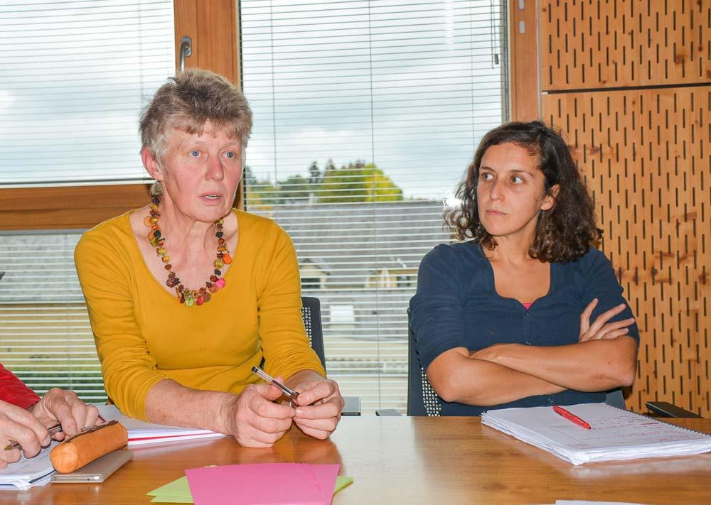 «Nous avons toujours voulu transmettre», explique Thérèse Fumery (à gauche). À droite: Juliette Blanchot, animatrice-coordinatrice à la FDCivam.