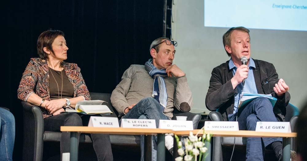 Sylvie Le Clec'h-Ropers (Sdaec), Olivier Jouan (FDSEA 22) et Luc Smicer (FNSEA) à Quintin.