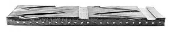 Le tapis Zig Zag est  constitué de plusieurs trames métalliques.