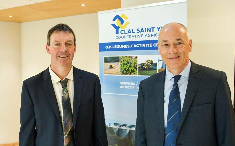 Pascal Fiche, président, et Denis Gogo, directeur, ont présenté l'activité de la coopérative lors de l'assemblée générale.