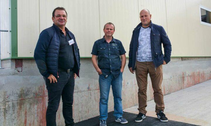 Lionel Le Gall, dirigeant  de LG Constructions ; Philippe Le Druillennec, éleveur ; Jacky Lucas, dirigeant de la SARL Lucas BTP.