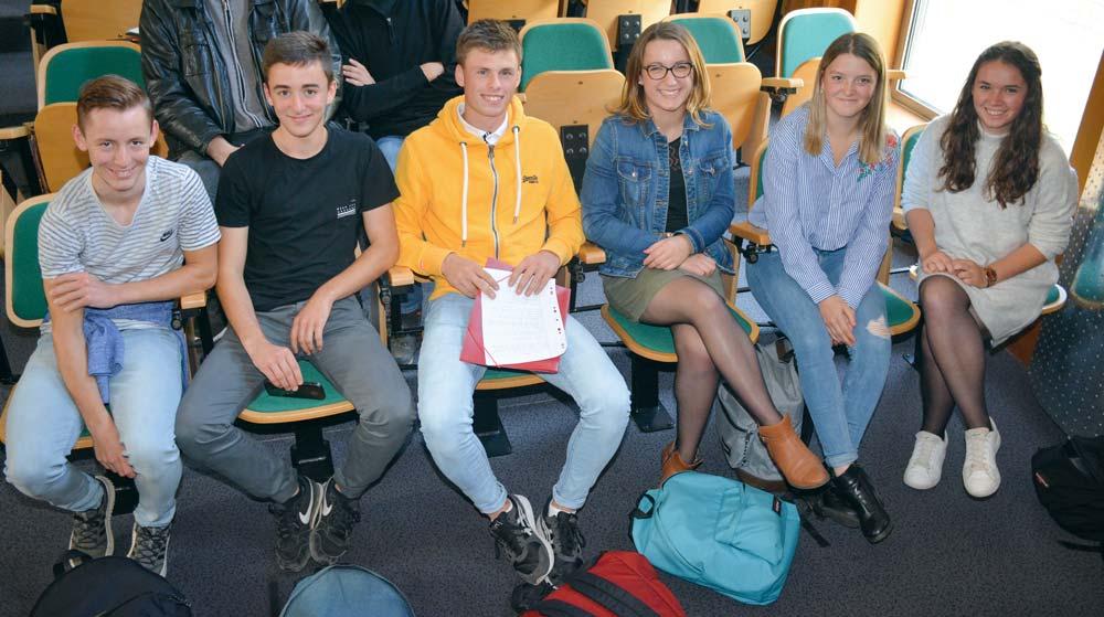 Clément Chenais, Benjamin Rocher, Quentin Morice, Lou-Anne Lamoureux, Morgane Le Bris et Klervi Tamic, élèves de 1re CGEA ont effectué un stage en Autriche cet été.