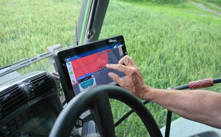 La console Isobus permet de ne pas multiplier les boîtiers dans le tracteur.