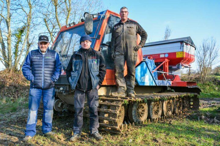 Jean-Pierre Le Calvez, agriculteur ; Éric Guillou, gérant de l'ETA ; Benoît Bidault, chauffeur de l'ETA