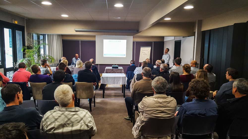 Une soixantaine de personnes a assisté à la réunion de Lamballe (22) le 2 octobre, en soirée.