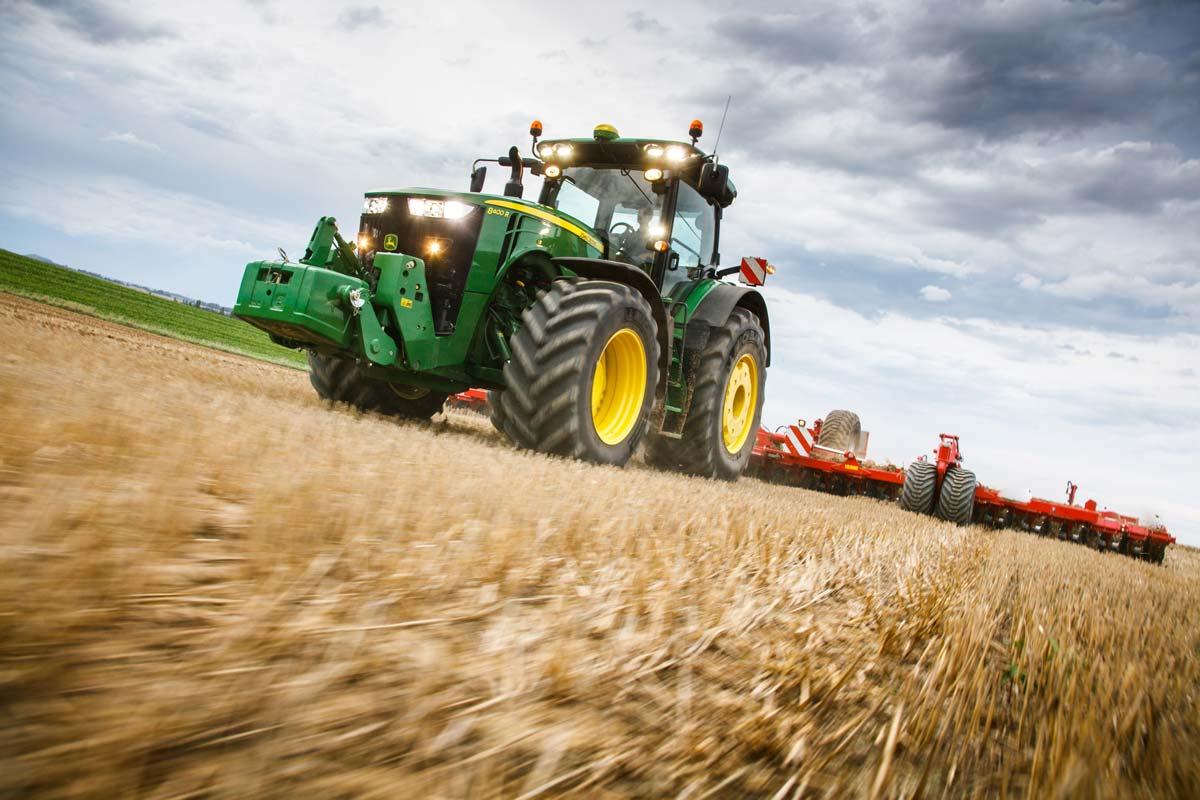 john-deere-tracteur-8400R