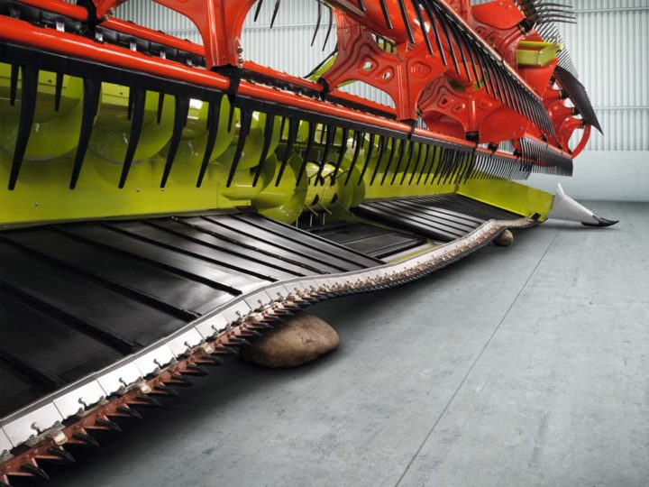 CLAAS_coupe_a_tapis_flexible