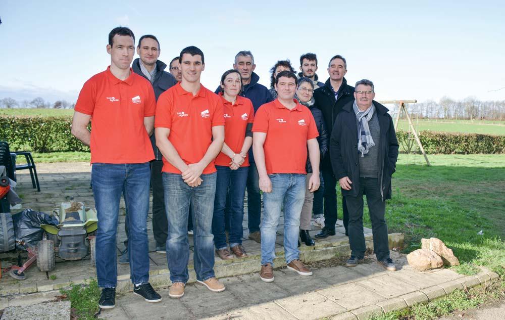 Les Jeunes Agriculteurs et les représentants des partenaires du site Internet breton.
