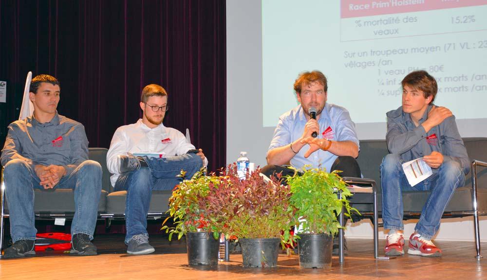 Les intervenants lors de l'assemblée générales des Jeunes Agriculteurs, le 12 mars, à l'Hermitage.